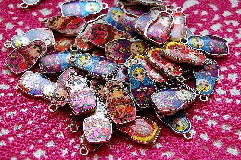 03 jolies poupées Russe