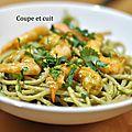 Spaghetti complets guacamole et crevettes