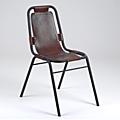 Clin d'oeil sur LA superbe chaise Vintage en cuir et métal des meubles industriels d'Amadeus