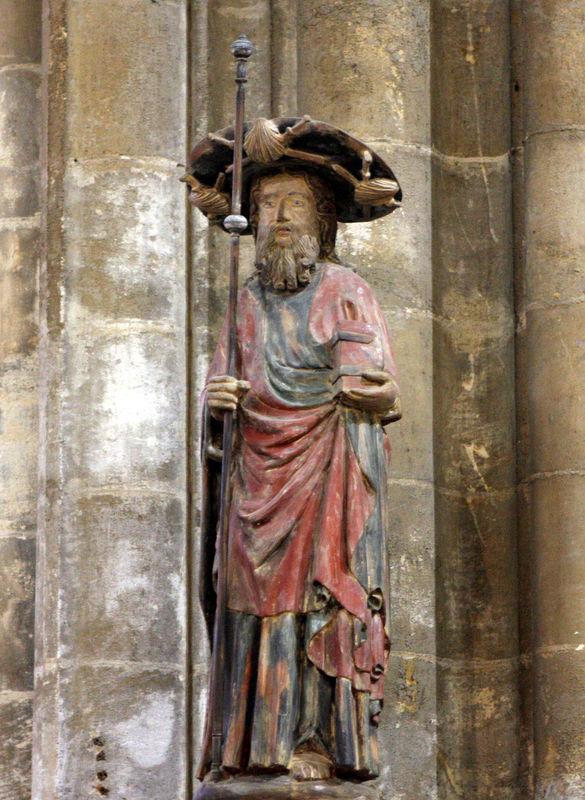 Basilique St Michel, statue du Grand St Jacques