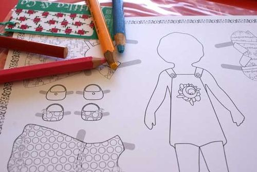poupée à colorier Astiiko & Co