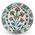 An Iznik pottery dish, Ottoman <b>Turkey</b>, circa 1580