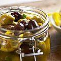 Olives marinees a la feta