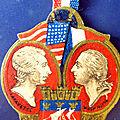 Insignes, <b>médailles</b>, à vendre