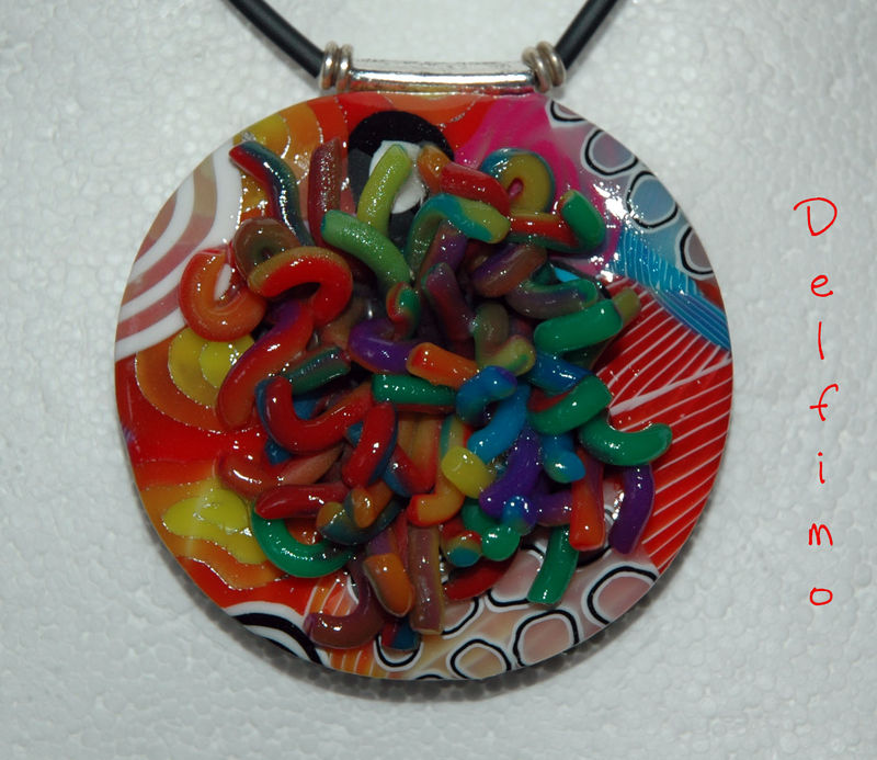 Collier Crazy Worms zoom