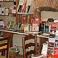la librairie-tartinerie de sarrant, pour manger au milieu des livres!