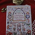 555 Christma scross-stitching designs
