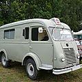 RENAULT Goélette ambulance carrossée par Carrier Madine (1)