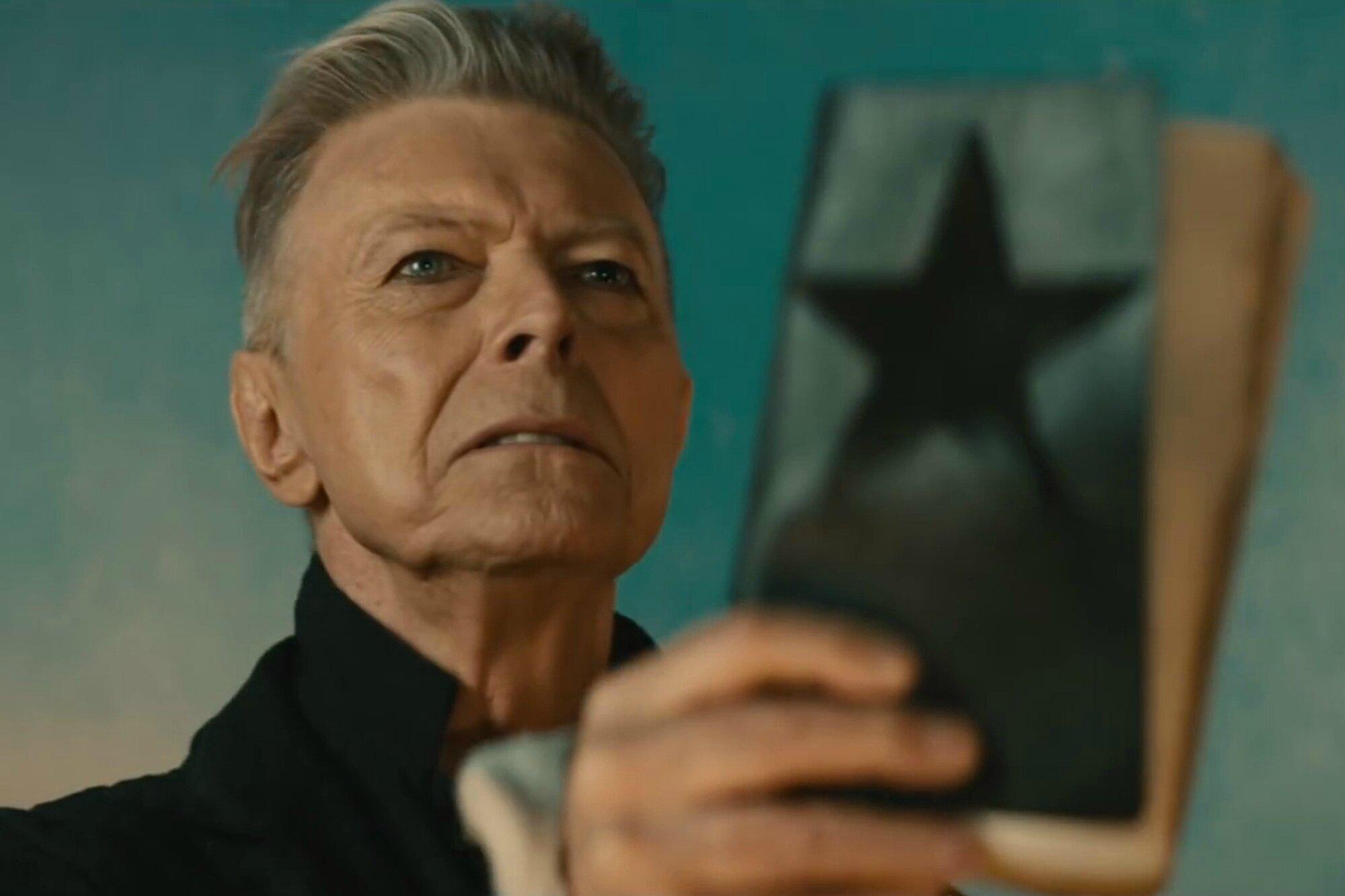 David Bowie Illuminati sacrifice, Antichrist Blackstar Album