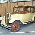 RENAULT Monaquatre type UY berline 1930 Besançon (1)