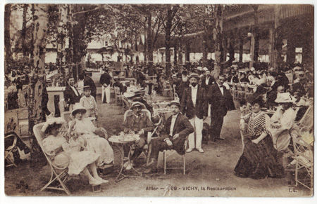 03 - VICHY - La restauration