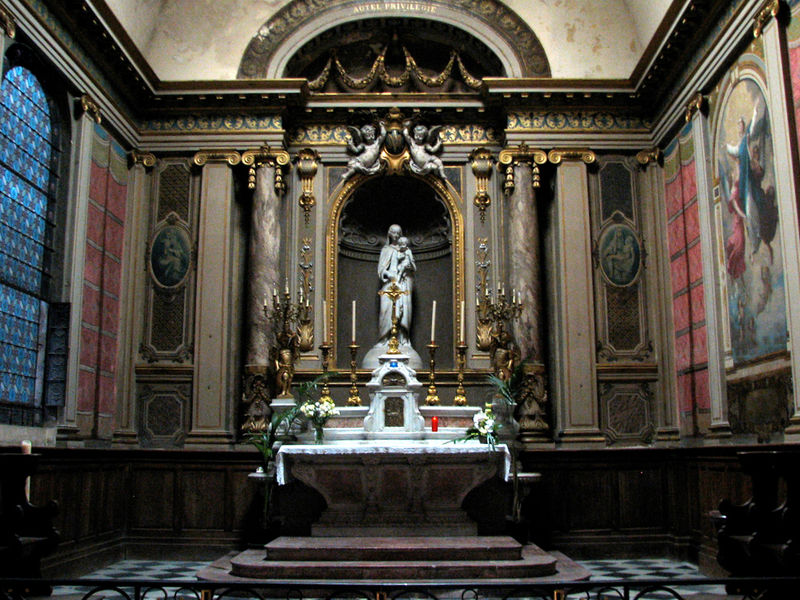 Eglise Notre Dame, autel de ND de Bordeaux