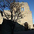 La découverte du week-end : le <b>village</b> de CRESTET en Vaucluse
