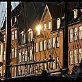 Copenhague : le Nyhavn au soleil souchant