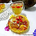 Tartelettes sablées aux mirabelles et à la crème d'amande, poudre de baobab et baies de <b>goji</b>