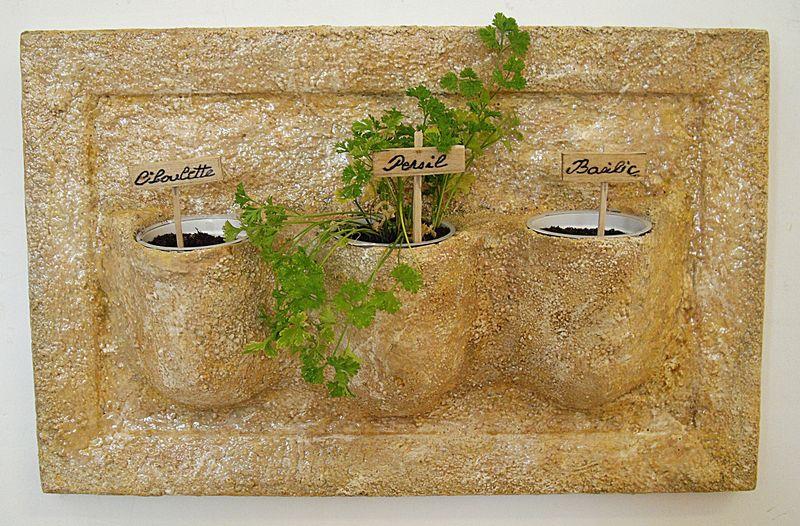 2- Mini jardiniere pour herbes aromatiques