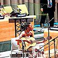 Lorenoare chante aux <b>Nations</b> <b>unies</b> pour le lancement de la décennie internationale des Afrodescendants