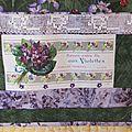 pochette violette détail dentelle