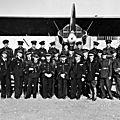 MARS 1940 - PILOTES POLONAIS ET PILOTES FRANÇAIS À MARRAKECH CONTRE L'ENVAHISSEUR NAZI