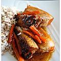 Travers de porc (ribs) laqués miel, sauce soja & gingembre