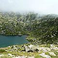P1070282 Le brouillard tombe sur les deux lacs