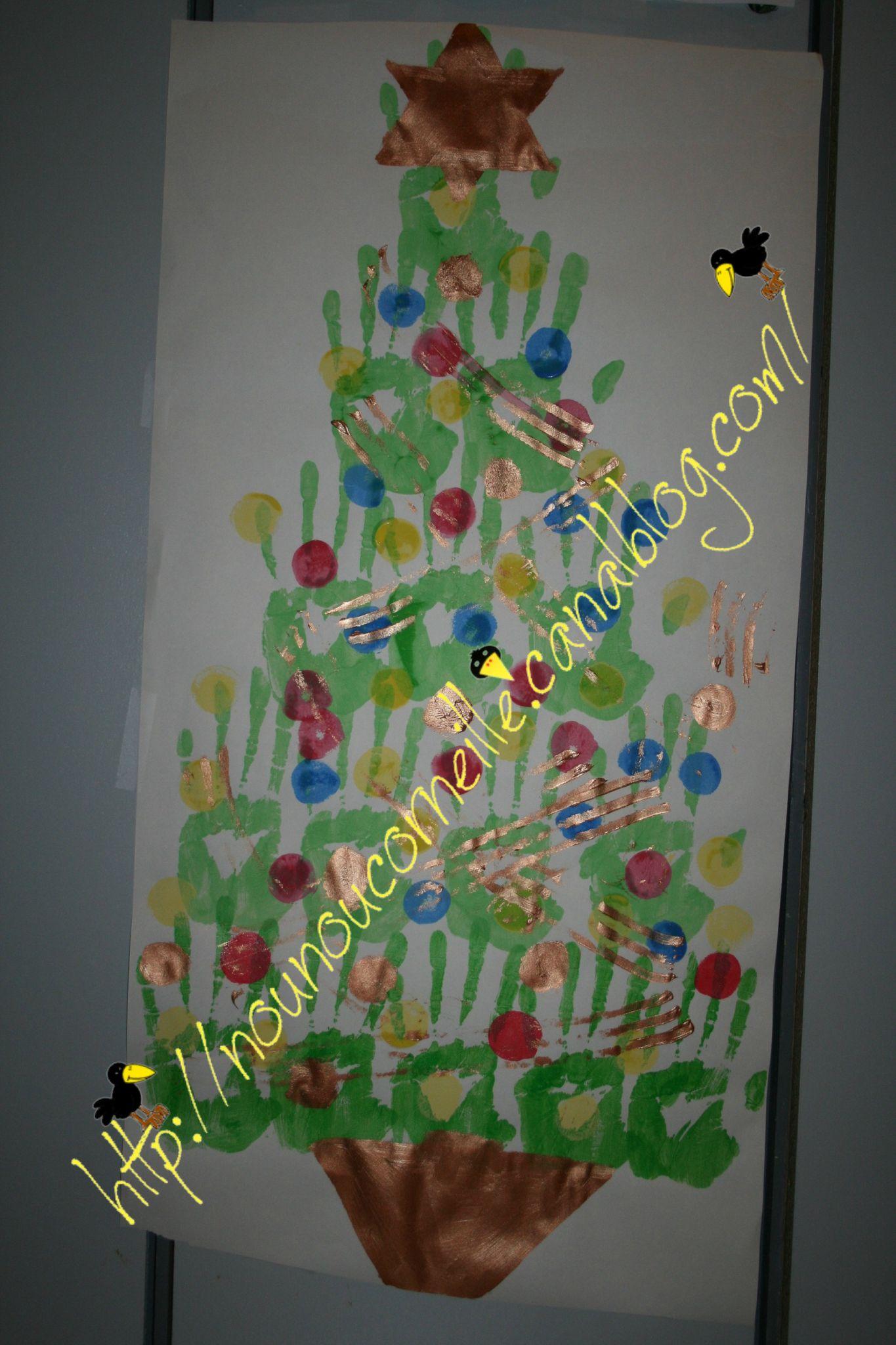 Sapin (mains de Nounou) décoré par les enfants