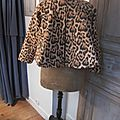 Veste VICTORINE en toile de coton imprimé léopard - Doublure de satin noire (12)