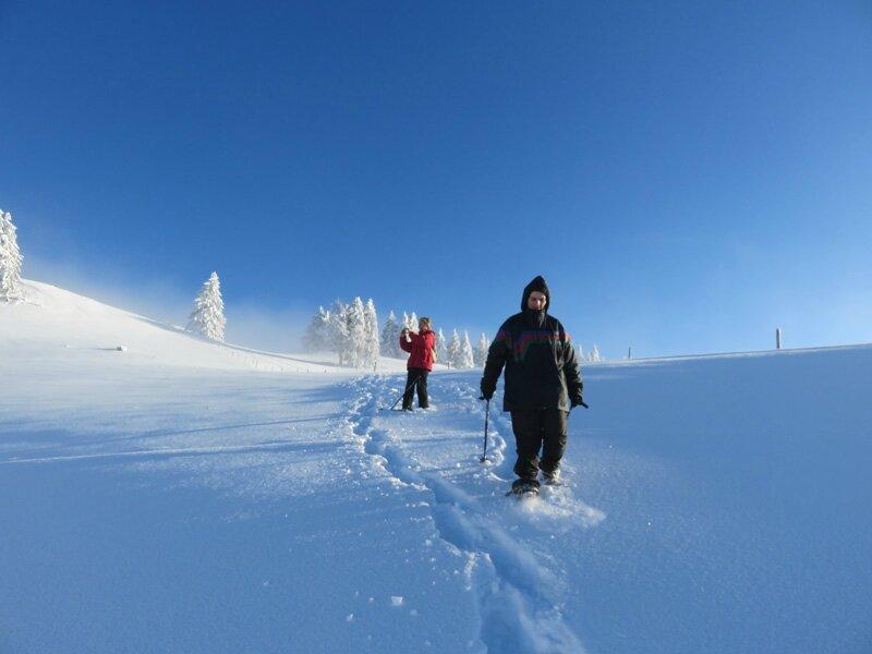 belle neige fraiche et plaisir de faire sa trace... Nous sommes sur la Dole JURA