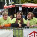 U / 2009 / O / Les bénévols en action et autre...