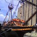 bateau près du Tower Bridge