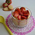 Charlotte stracciatella aux fraises en verrine