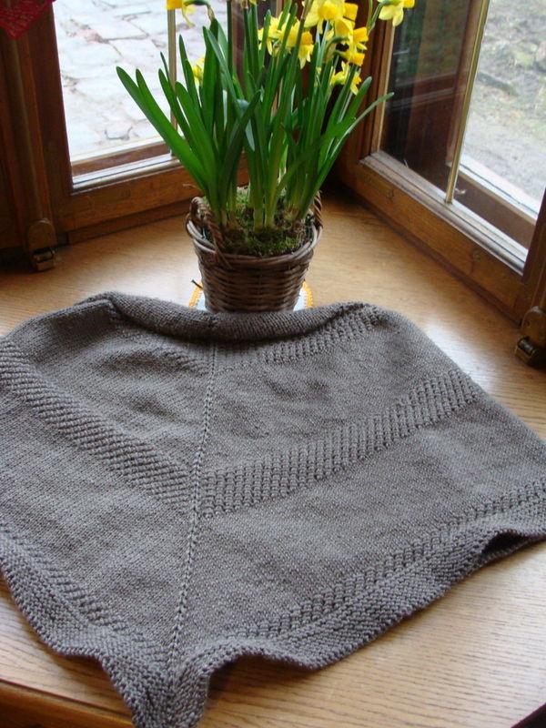 Textured shawl