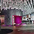 Barceló raval: un hôtel hors du commun aux touches baroques et avant-gardistes
