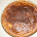 Gâteau au pommes caramélisées