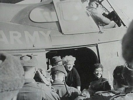 1954-02-18-korea-2nd_division-helico-with_jean-1-1
