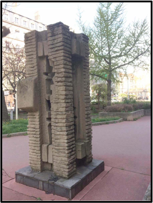 Six, 2°Sculpteur chez Zumbrunnen, cours Lafayette à Lyon