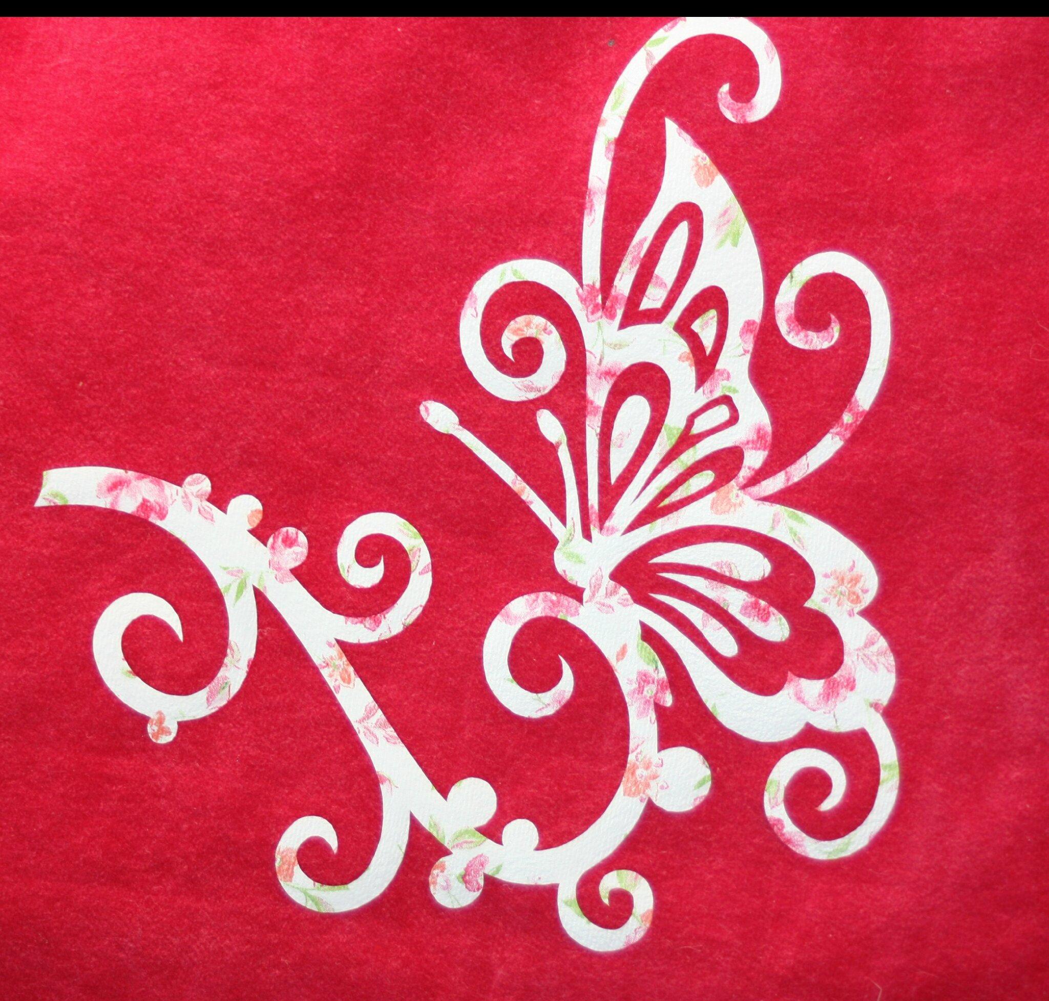 Un sac rose papillon