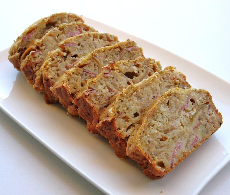 Cake sal au bacon et aux oignons cuisine et d pendances - Cuisine et dependance ...