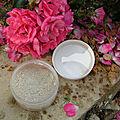 cosmétons avec les fleurs de notre jardin