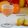 Jus d'orange, pamplemousse, kiwi et sirop d'amour, vegan