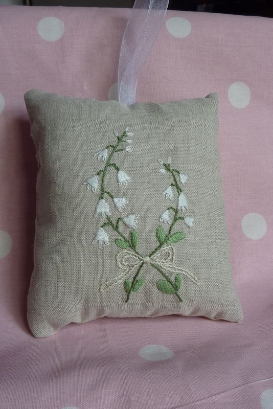Coussin 1er mai Laurence
