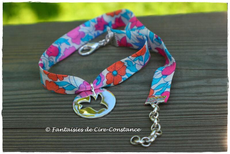 Bracelet double tour Colombe médaille ajourée
