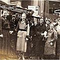 Paris marché de la rue Lepic, en 1936