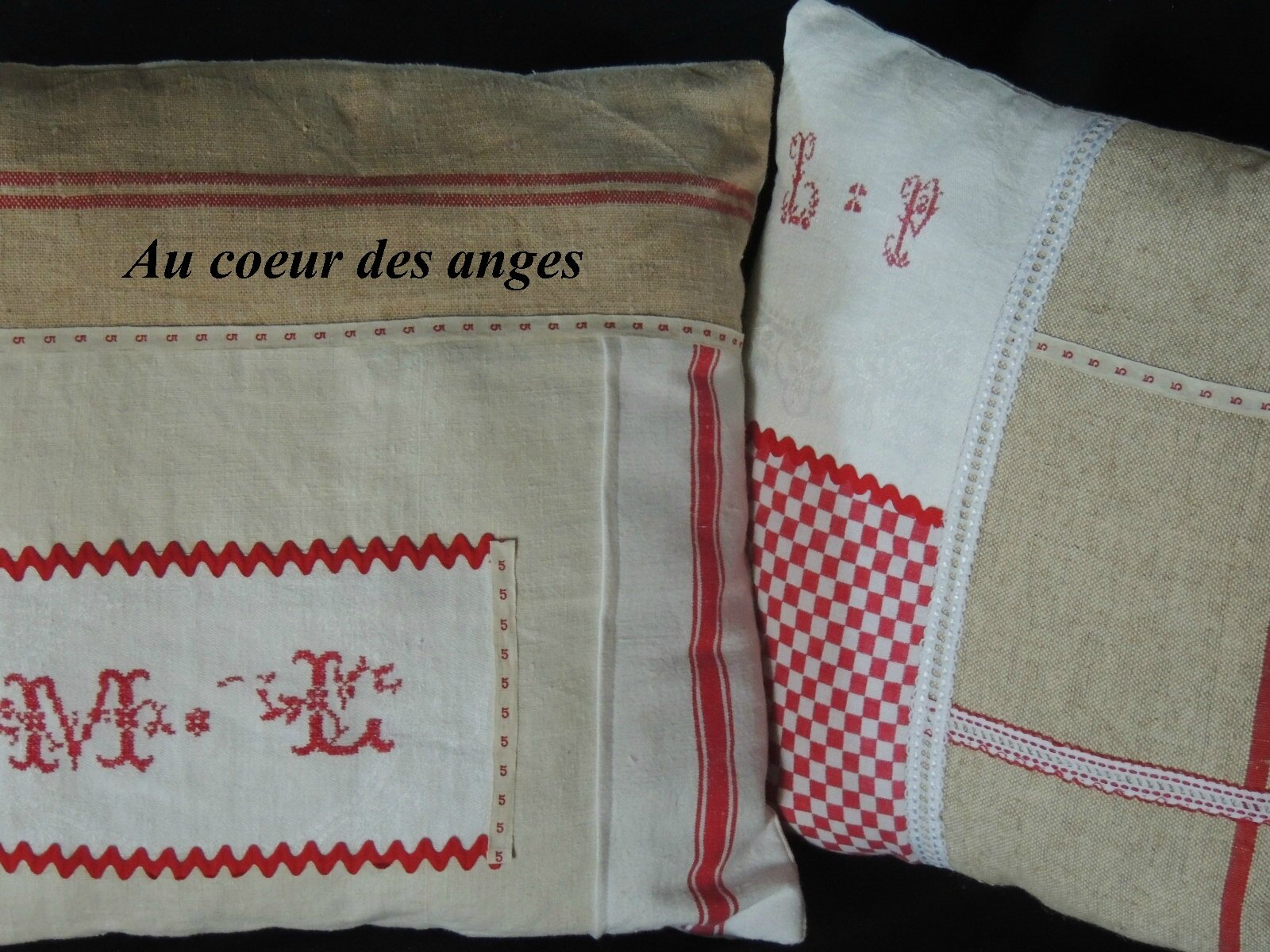 Coussins théme rouge