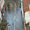 vue sur une rue depuis la tour neuve3