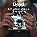 Les vies multiples d'amory clay, roman de william boyd