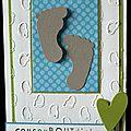 Un combo ... des petits petons ... une carte de naissance version garçon !