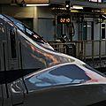 Shinkansen N700 in the sunrise, Shin-Ôsaka