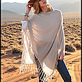 Poncho Cachemire Beige Sable - Poncho Cachemire Bleu Jean - The Lovely Brand - Peter <b>Hahn</b>
