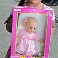 una linda muñeca